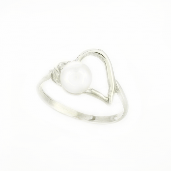 Сребърен пръстен Heart pearl 6/05
